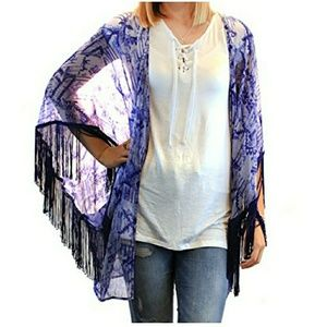 BCBGeneration Women's Wanderer Kimono Scarf